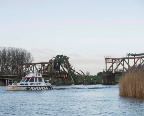 duc-marine-group-damaged-bridge-3