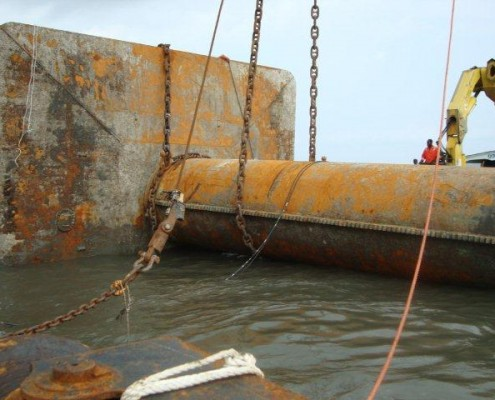 duc-marine-group-wreckremoval-niger-1